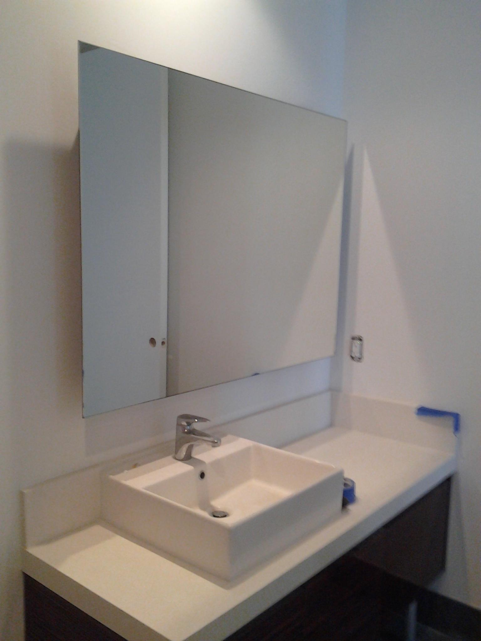 Custom glass services in miami florida alfa glass and mirror for Custom glass and mirror